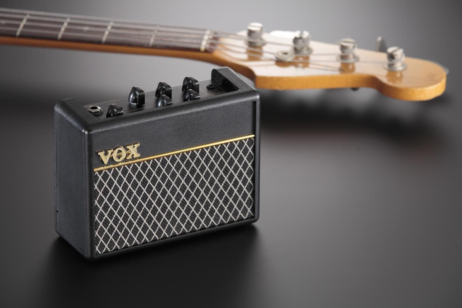 vox ac2 rhythm mini bass guitar amplifier inc drums ac2rv bass. Black Bedroom Furniture Sets. Home Design Ideas